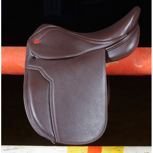 "Ex-Display Hebden Show Hunter Saddle 17.5"" Light Havana Medium Gullet"