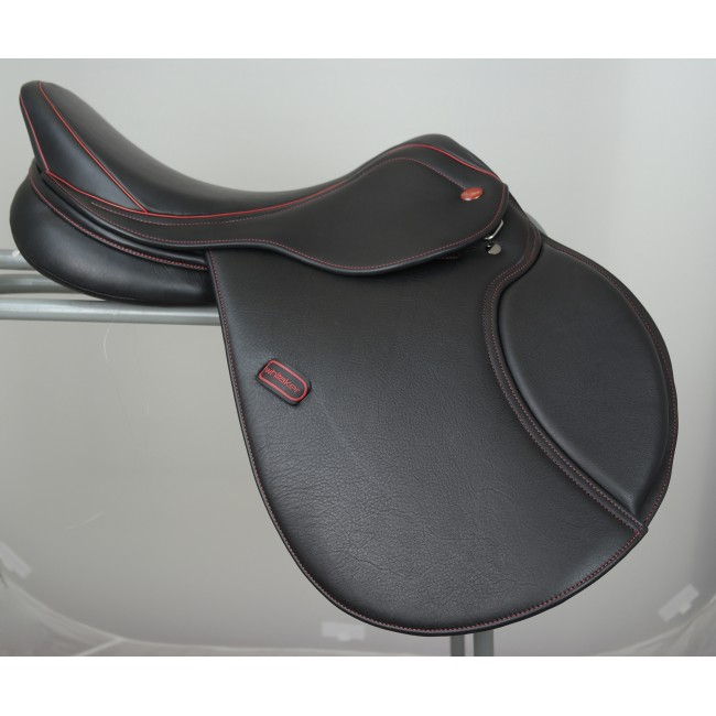 "Ex-Display Barnsley X-PRO Pony Saddle 16.5"" Black Medium Gullet"